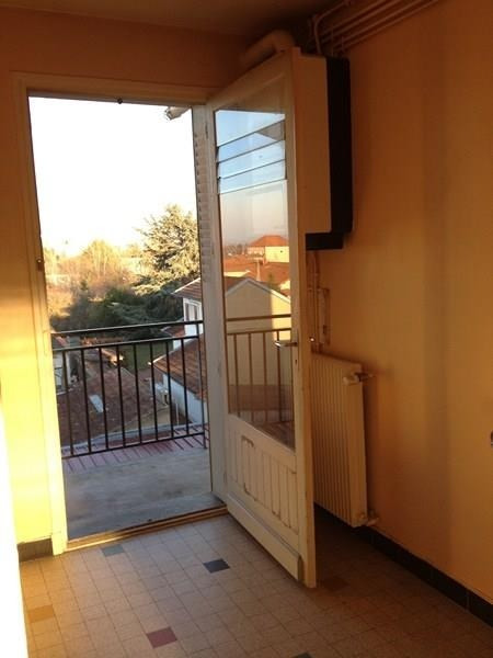 Location appartement Riorges 460€ CC - Photo 4