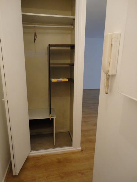 Rental apartment Paris 16ème 1066€ CC - Picture 1
