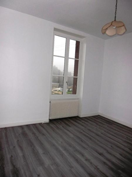 Location maison / villa Tarare 750€ CC - Photo 6