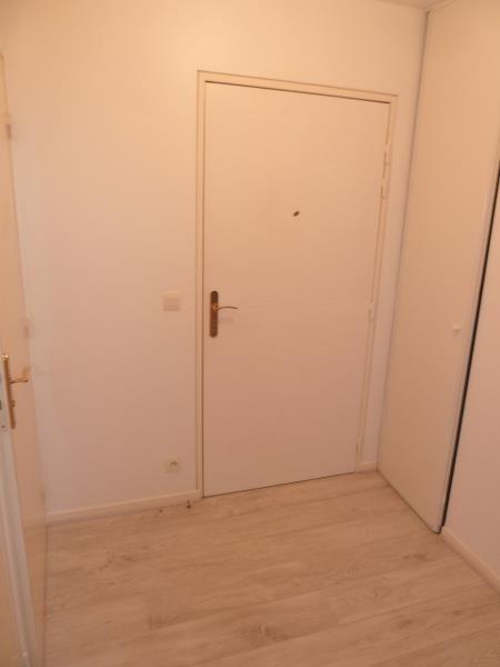 Rental apartment Cergy 774€ CC - Picture 2