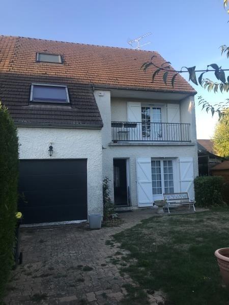 Sale house / villa Marines 231800€ - Picture 1