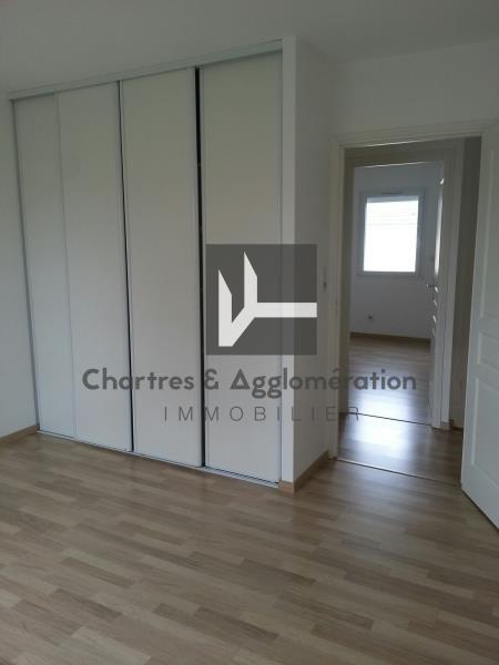 Rental house / villa Chartres 964€ CC - Picture 6
