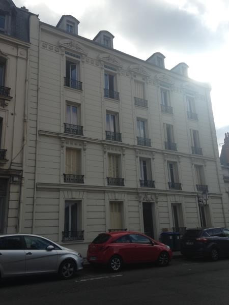 Location appartement Poissy 895€ CC - Photo 3