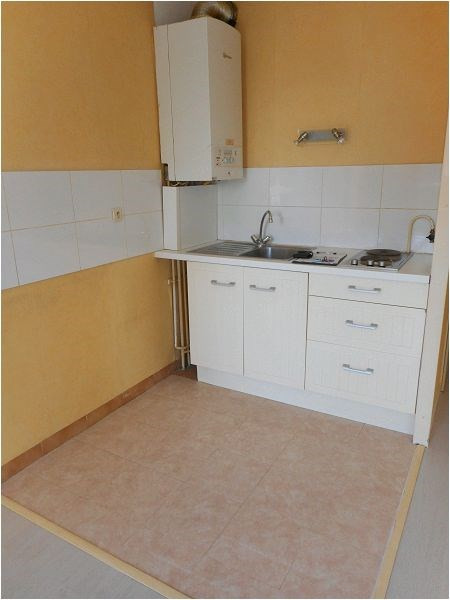 Location appartement Savigny sur orge 593€ CC - Photo 3