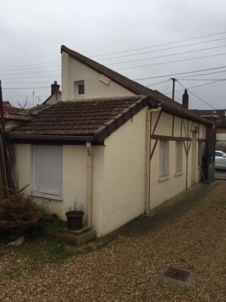 Rental apartment Vernon 420€ CC - Picture 1