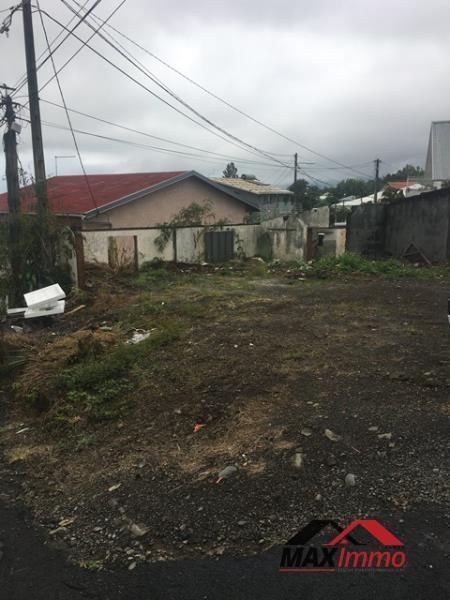 Terrain a bâtir le tampon - 230 m²