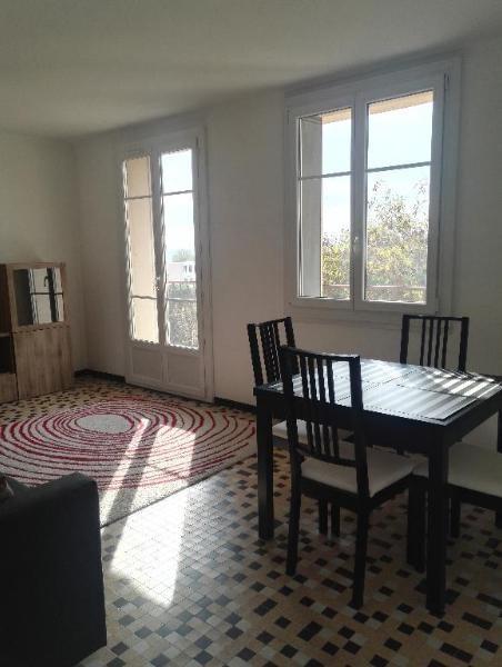 Location appartement Aix en provence 950€ CC - Photo 8