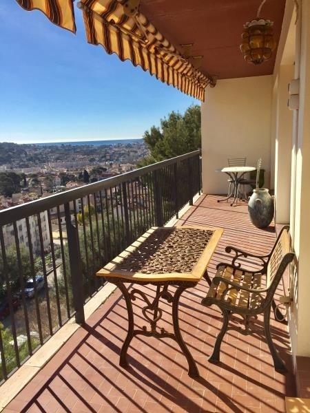 Sale apartment Toulon 210000€ - Picture 2