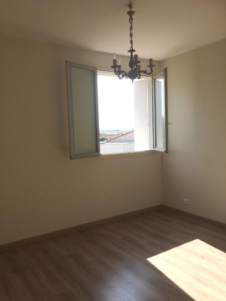 Location appartement Les angles 750€ CC - Photo 7