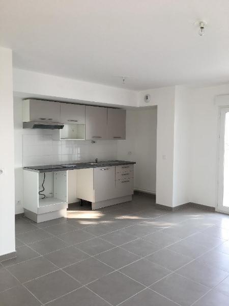 Rental apartment La mulatiere 772€ CC - Picture 3