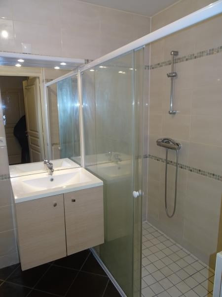 Location appartement Angers 750€ CC - Photo 3