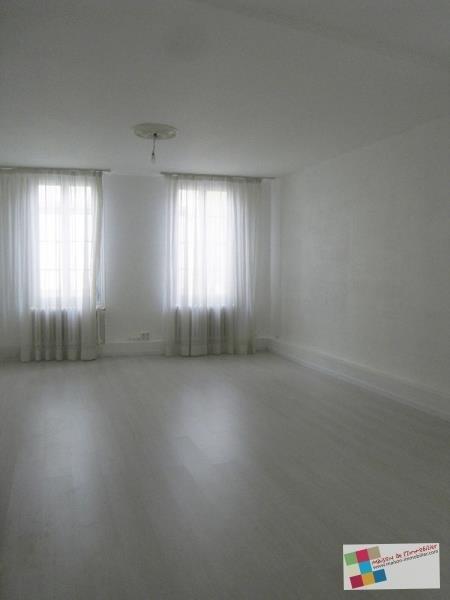 Rental apartment Cognac 870€ CC - Picture 2