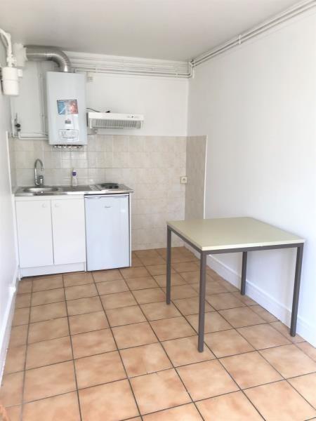 Affitto appartamento Ablon sur seine 560€ CC - Fotografia 3