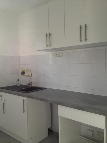 Location appartement Aix en provence 995€ CC - Photo 5