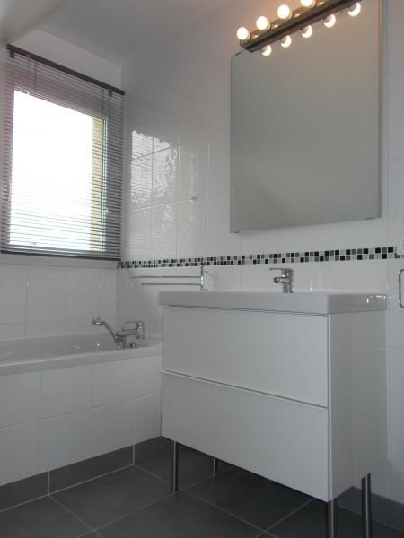 Location maison / villa Lisieux 827€ CC - Photo 9