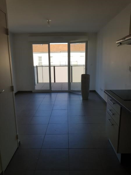 Rental apartment Vernaison 535€ CC - Picture 3