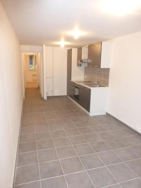 Location appartement Aix en provence 865€ CC - Photo 7