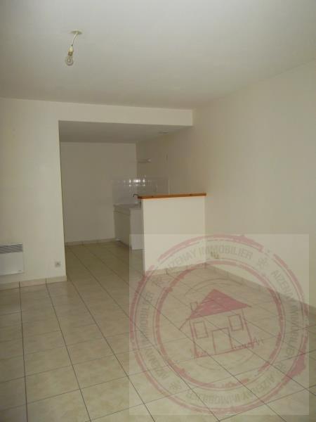 Rental apartment Aizenay 430€ CC - Picture 3