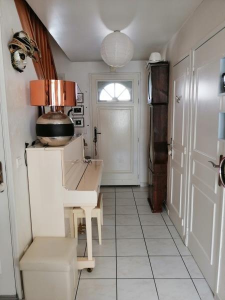 Sale house / villa Fontenay le fleury 379000€ - Picture 4