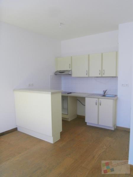 Location appartement Cognac 420€ CC - Photo 3