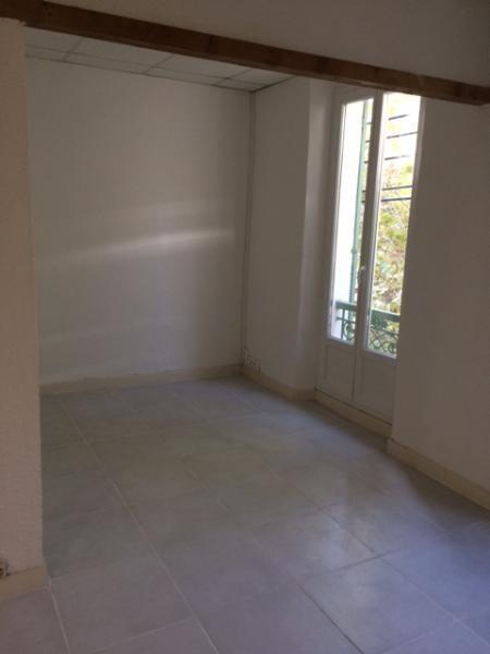 Rental apartment Fuveau 650€ CC - Picture 7