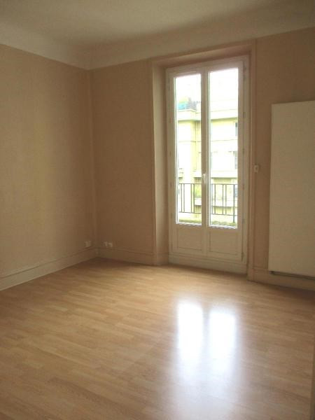 Location appartement Grenoble 597€ CC - Photo 3