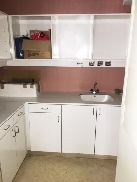 Location local commercial Fougeres 750€ HT/HC - Photo 5