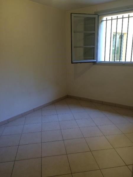 Rental apartment Aix en provence 648€ CC - Picture 3