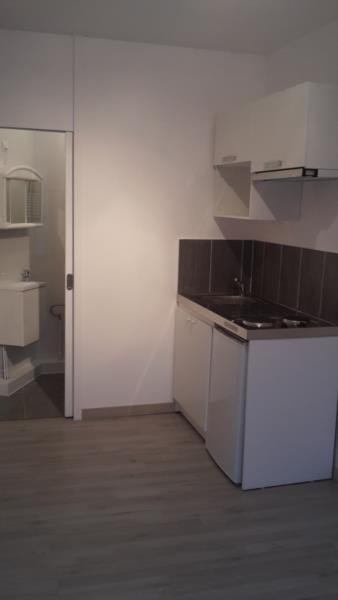 Rental apartment Montreuil 421€ CC - Picture 2