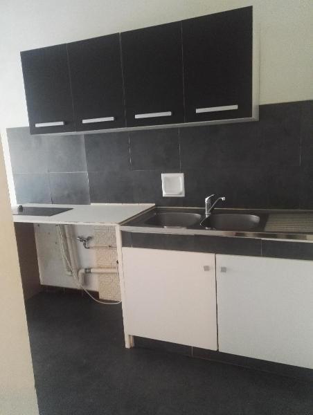 Rental apartment Aix en provence 653€ CC - Picture 3