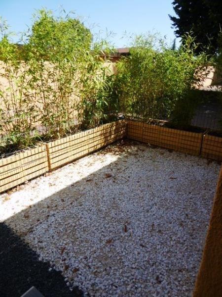 Sale apartment Bron 99000€ - Picture 2