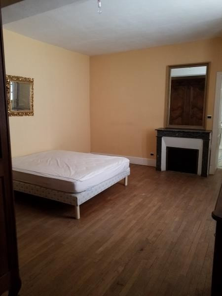 Location maison / villa Champvert 995€ CC - Photo 4