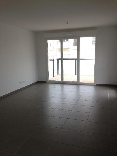 Rental apartment Vernaison 729€ CC - Picture 3
