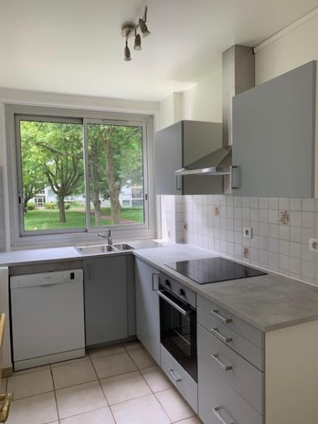 Rental apartment Marly le roi 940€ CC - Picture 4