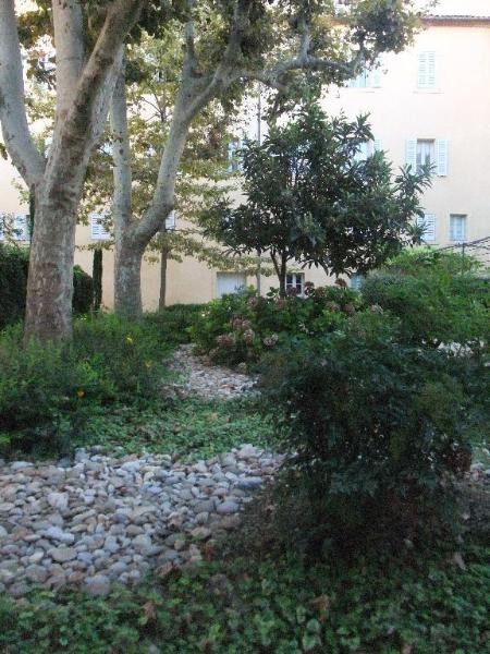 Location appartement Aix en provence 648€ CC - Photo 7