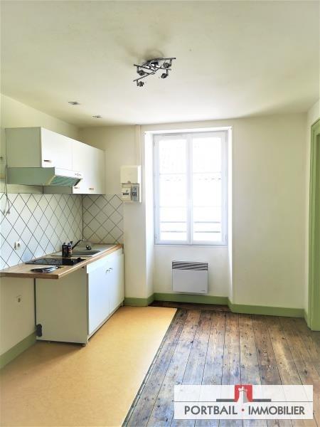 Location appartement Blaye 453€ CC - Photo 2