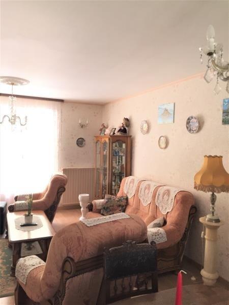 Sale house / villa Roches premarie andille 129600€ - Picture 6