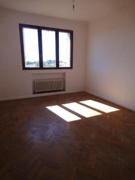 Location appartement Aix en provence 951€ CC - Photo 3