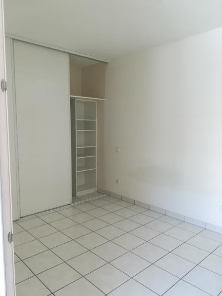Location appartement Port vendres 558€ CC - Photo 6