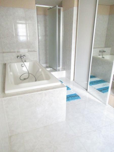 Rental house / villa Guilers 950€ CC - Picture 10