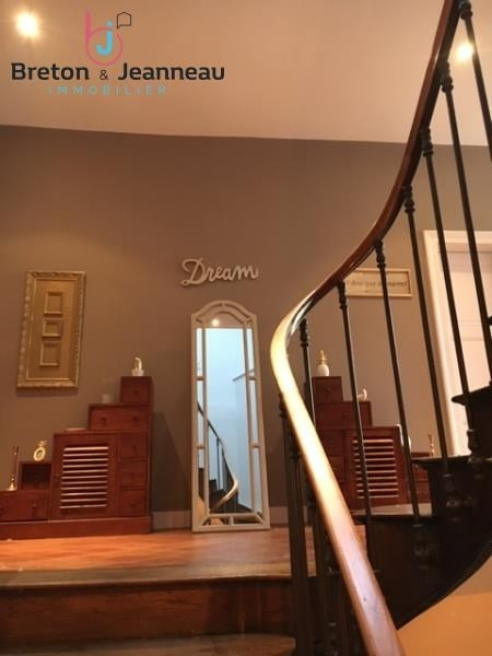Deluxe sale house / villa Laval 780000€ - Picture 11