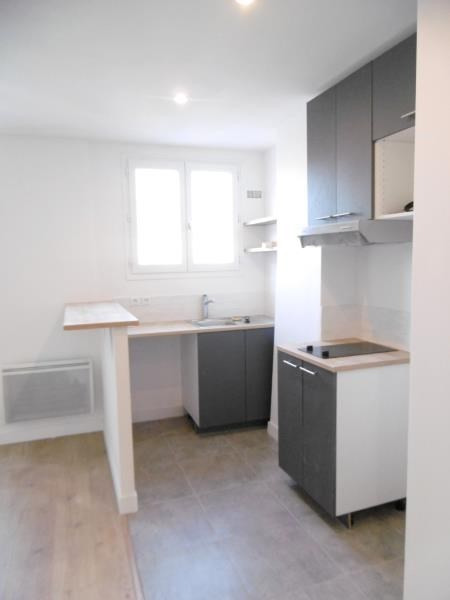 Rental apartment Levallois 1 100€ CC - Picture 2