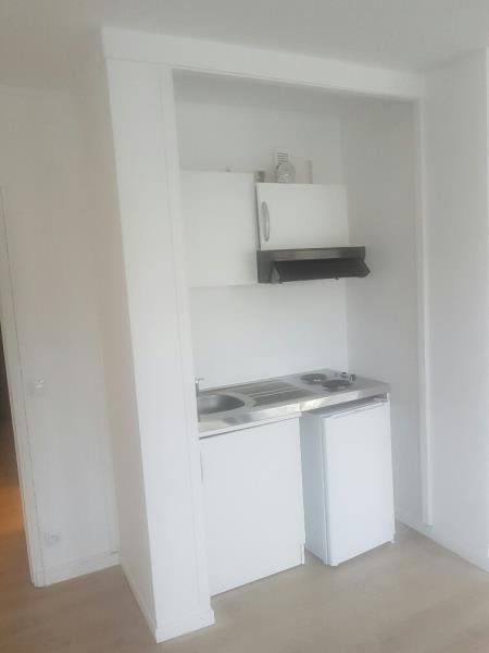 Location appartement Rocquencourt 720€ CC - Photo 3