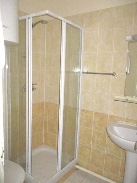 Location appartement Grenoble 380€ CC - Photo 3