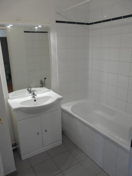 Rental apartment St omer 468€ CC - Picture 7