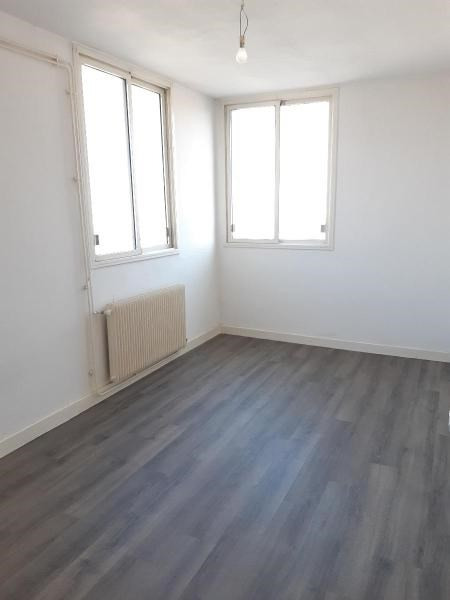 Location appartement Fontaine 580€ CC - Photo 7