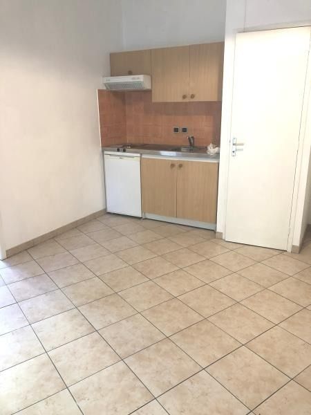 Sale apartment La destrousse 130 000€ - Picture 1