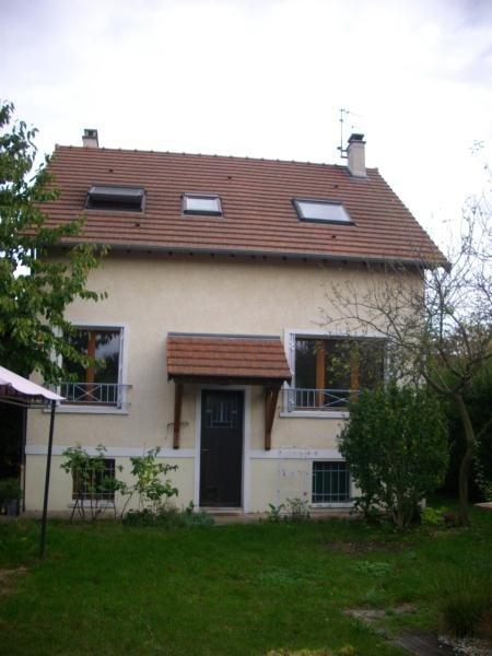 Location maison / villa Chatou 1915€ CC - Photo 1