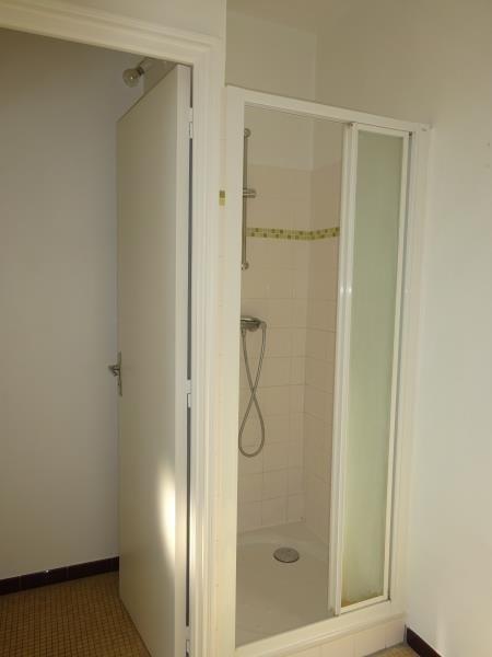 Rental apartment Le raincy 740€ CC - Picture 4