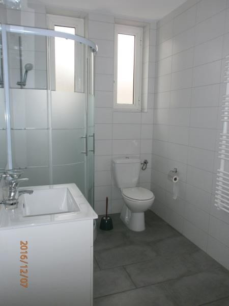 Location appartement Bonneville 805€ CC - Photo 3